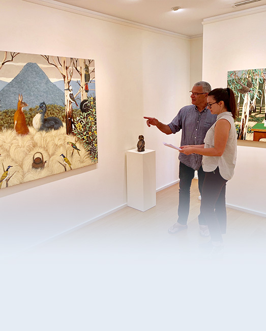 Jessica talking to Philip Davey in front of his painting.